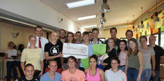 """Die Spendenaktion """"Triathlon gegen Krebs"""" erbrachte einen Spenderlös von insgesamt 4000 Euro."""