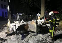 Toilettenwagen in Flammen Dorsten Schölzbachtal