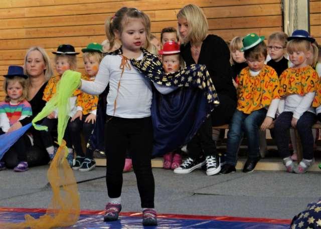 Zirkus Familienzentrums St. Urbanus der katholischen Kindertagesstätte Rhade