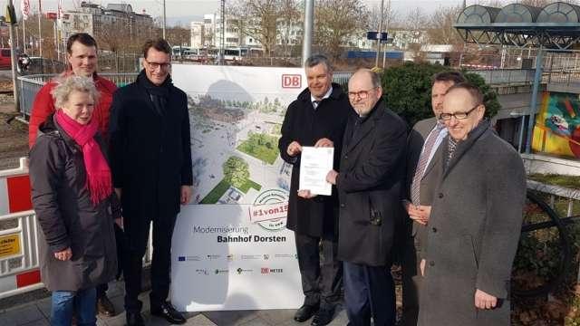 Hendrik Wüst besucht Bahnhof Dorsten