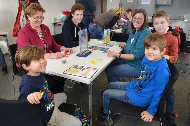 Mulitkulturelles Treffen Dorsten-Spiel und Spaß im Leo