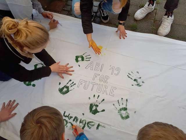 Rund 200 Dorstener Schüler demonstrieren für den Klimaschutz