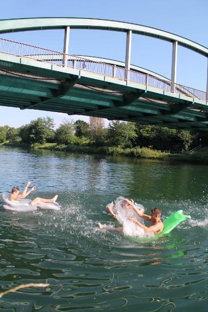 Baden im Kanal Dorsten
