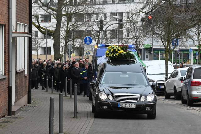 BeerdigungTraueraktSchwesterJohannaEichmann