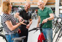 Fahrradverkäufer-Fahrrad-Schmitz