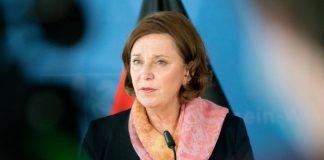 Gebauer Minister NRW Testpflicht