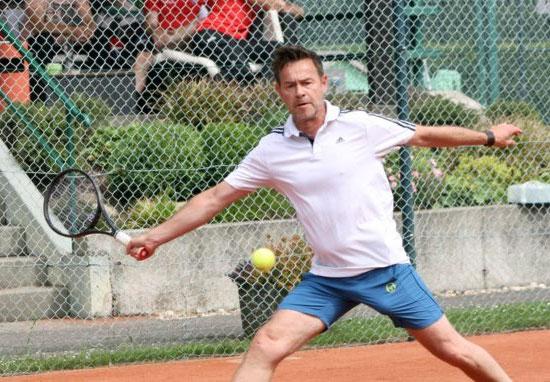 Tennismatch-Maiß-gegen-Eifert